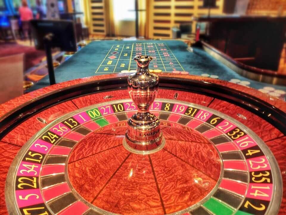 Vind stort med en lille roulette bankroll – Læs vores guide!